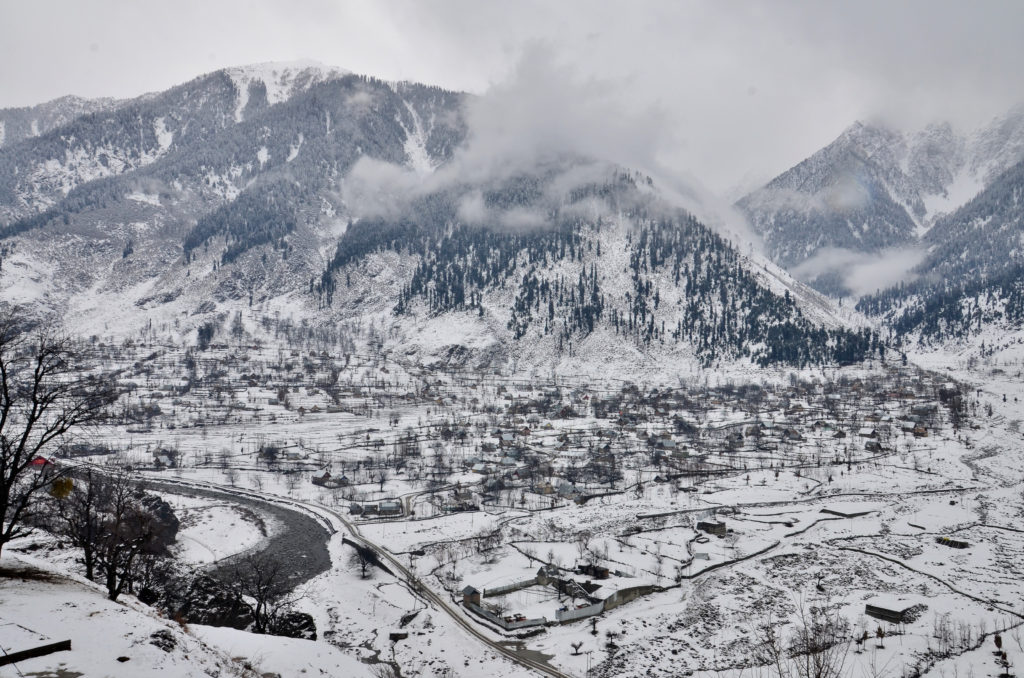 The frozen valley, Sonmarg