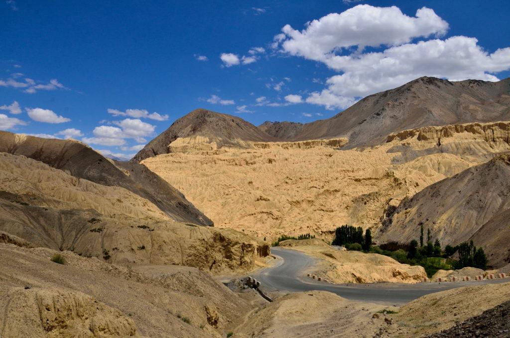 The road that passes through the Moonland at Lamayuru, Leh.